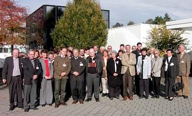Die Neusser Delegation besucht Janssen Pharmaceutica beim Europatag 2005 in Belgien
