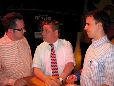 v.l.n.r.: JU-Vorsitzender Thomas Kaumanns, Staatsminister Hermann Gröhe MdB und Andreas Hamacher