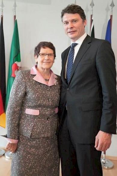 Prof. Dr. Rita Süssmuth & Dr. Jörg Geerlings MdL (Foto: Ralph Sondermann)