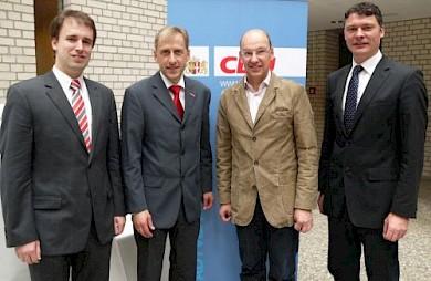 v.r. Dr. Jörg Geerlings MdL, Tilman Lonnes, Dr. Axel Fuhrmann, Andreas Hamacher