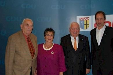 v.l.: Dr. Hans-Ulrich Klose, Ingrid Schäfer, Friedrich G. Conzen, Dr. Hans-Peter Schlegelmilch