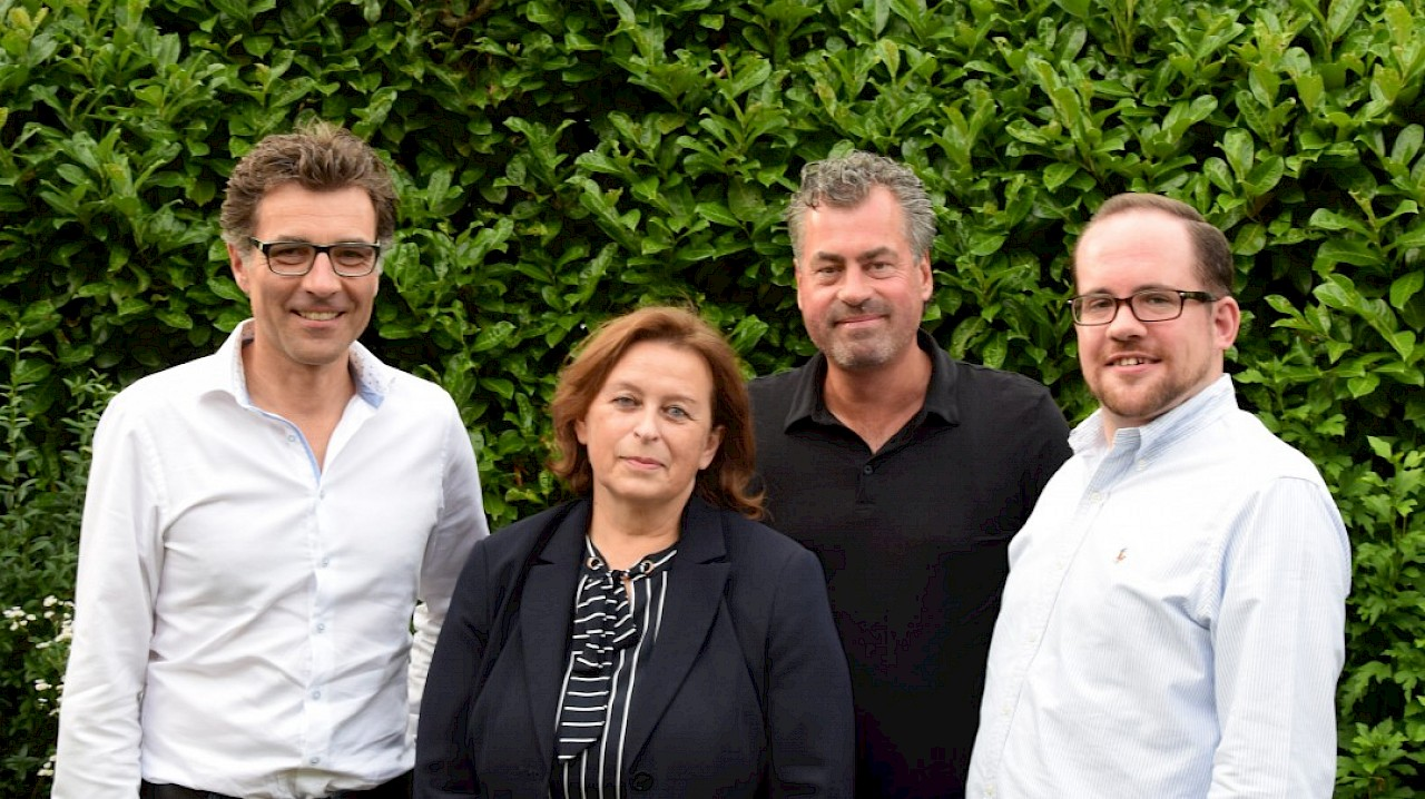 vlrr: Axel Stucke, Monika Mertens-Marl, Karl Heinz Schnitzler, Thomas Kaumanns